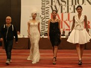 Vietnam Fashion Week Fall – Winter 2017 to open in Hanoi