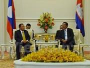 Cambodia, Laos enhance bilateral relations