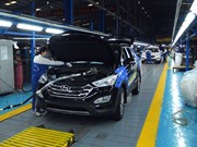 Automakers sense a sea change, move to green cars