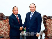PM urges stronger VN-Laos partnership in fighting cross-border crimes