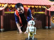 Vietnamese water puppetry grows in stature