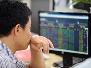 Banks push VN Index to new high
