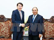 PM: Vietnam hopes for more investment from Singaporean firm