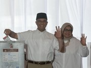 Indonesia: Muslim candidate takes lead in Jakarta's governor run