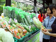 Vietnamese consumers willing to pay more for safe foods