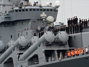 Russian naval ships call at Cam Ranh Port