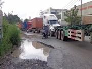 HCM City tackles port traffic black spots