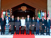 PM and spouse arrive in Hanoi after 30th ASEAN Summit