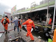 Car bomb attack wounds 42 in southern Thailand