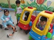 HCM City plans to increase salary for kindergarten teachers