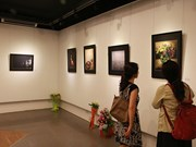 Colombian photos, handicrafts exhibited in Hanoi