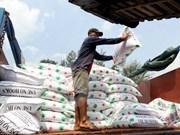 Vietnam runs trade deficit of 2.7 billion USD in five months