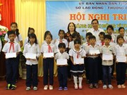 Children in HCM City, Khanh Hoa receive gifts for Children's Day