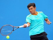 Top tennis player in second round of Singapore F2