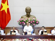 PM urges political determination, feasible measures for growth target