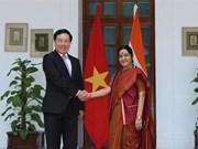Deputy PM, FM Pham Binh Minh visits India