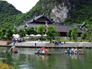 Vietnam, India look to boost tourism links