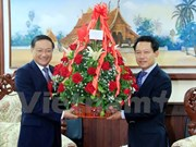 Vietnam's top leaders send anniversary congratulations to Laos
