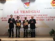 Literary works honouring Vietnamese war heroes awarded