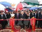 Party leader continues activities as part of state visit to Cambodia