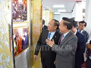 Photo exhibition on Vietnam-Laos relations opens