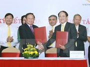 VNAT, VNPost partner to promote Vietnam's tourism