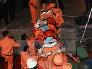 Vietnamese maritime search, rescue team saves unconscious sailors