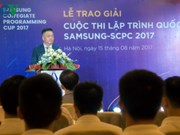 Vietnamese students compete in international IT finals