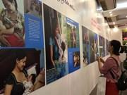 Photo exhibition portrays beauty of breastfeeding
