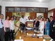 Leaders of Indian communist parties receive Vietnamese delegation