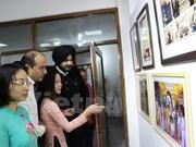 Photo exhibition helps bring Vietnam, India closer