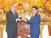 Hanoi chairman bids farewell to outgoing Austrian ambassador