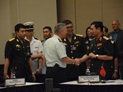 Chief of Vietnam People's Army meets CHOD-20 delegations
