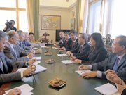 Party's economic commission head visits Russia