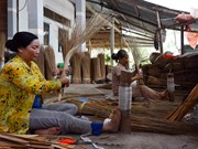 Ancestral craft villages struggle to survive