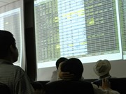 VN stocks fall on energy, bank shares