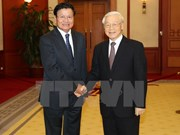 Party chief requests stronger Vietnam-Laos trade, connectivity