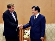 Deputy PM Trinh Dinh Dung meets ExxonMobil Vice President