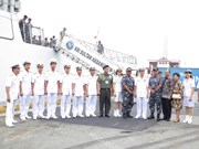 Indonesian naval ships visit HCM City