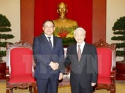 CPV General Secretary hosts Lao Deputy Prime Minister