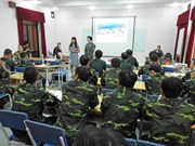 Vietnamese officers, nurses update about first aid