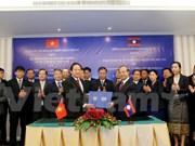 Vietnam, Laos foster information, communication partnership