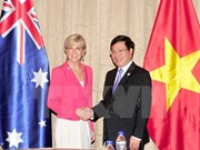 Deputy PM Pham Binh Minh receives Australian FM Julie Bishop