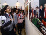 Photo exhibition on Vietnam, Laos relations opens in Hanoi