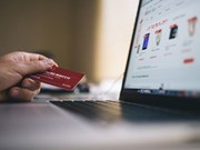 Cross-border e-commerce benefits Vietnamese SMEs