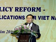 Salary policy reform spotlighted at conference
