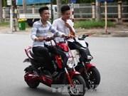 HCM City considers public e-motorbike rental service