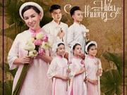 Viet kieu singer to help poor kids