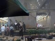 Indonesia: Stock Exchange floor collapses, dozens wounded
