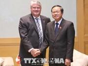 NA Vice Chairman greets Canadian parliamentarians
